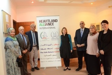 The headquarters of the Hammurabi Organization for Human Rights in Al-Hamdania district witnessed on 1/4/2019 a meeting between a delegation that included Mrs. Nancy Lundbork, President of the American Peace Institute and her accompanying delegation, with