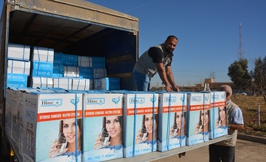 Over the six-day period of October Hammurabi Human Rights Organization continued to distribute (435) household water purification and desalination systems to the families in Hamdaniya district